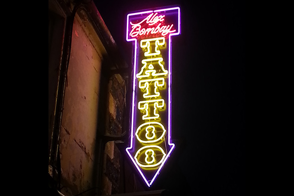 Neon sign for Tattoo Parlour